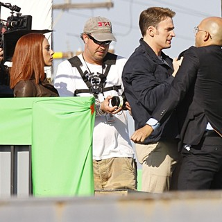 Scarlett Johansson in Filming Scenes for Movie Captain America: The Winter Soldier - evans-johansson-filming-captain-america-the-winter-soldier-08