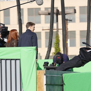 Scarlett Johansson in Filming Scenes for Movie Captain America: The Winter Soldier - evans-johansson-filming-captain-america-the-winter-soldier-12