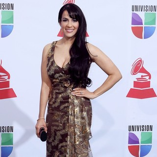 Evelyn Herrera in The 12th Annual Latin GRAMMY Awards - Arrivals