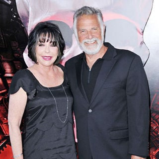 Barbara Goldsmith, Jonathan Goldsmith in Los Angeles Premiere of 'The Expendables'