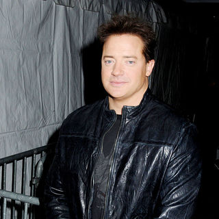 Brendan Fraser in Premiere of 'Extraordinary Measures' - extraordinary_measures_002_wenn5418978