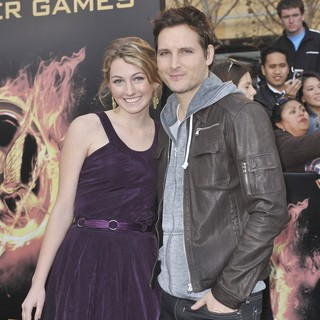 Luca Bella Facinelli, Peter Facinelli in Los Angeles Premiere of The Hunger Games - Arrivals