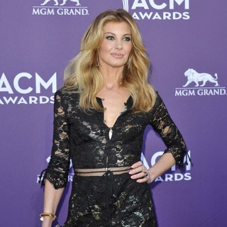 Faith Hill in 48th Annual ACM Awards - Arrivals