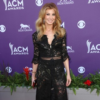 Faith Hill in 48th Annual ACM Awards - Arrivals - faith-hill-48th-annual-acm-awards-04