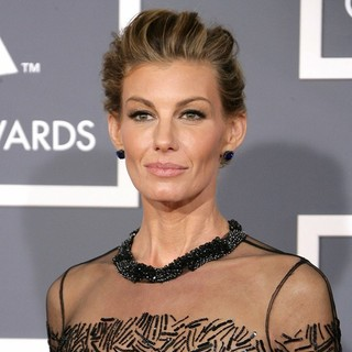 Faith Hill in 55th Annual GRAMMY Awards - Arrivals