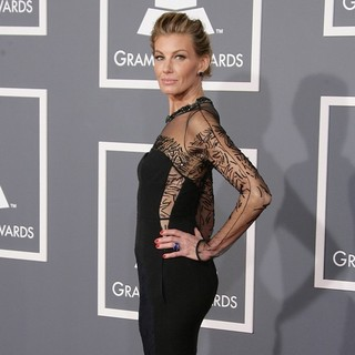 Faith Hill in 55th Annual GRAMMY Awards - Arrivals - faith-hill-55th-annual-grammy-awards-05