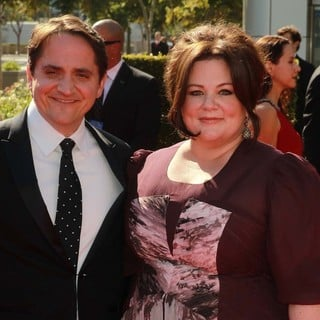 Ben Falcone, Melissa McCarthy in 2012 Creative Arts Emmy Awards - Arrivals