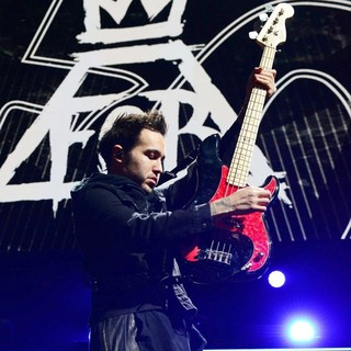 Andy Hurley, Pete Wentz, Fall Out Boy in Y100's Jingle Ball 2013 Presented by Jam Audio Collection - Concert