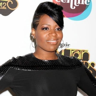 Fantasia Barrino in 2012 Soul Train Awards - Arrivals - fantasia-barrino-2012-soul-train-awards-02