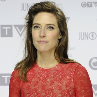 Feist in 2012 JUNO Awards - Arrivals - feist-2012-juno-awards-01