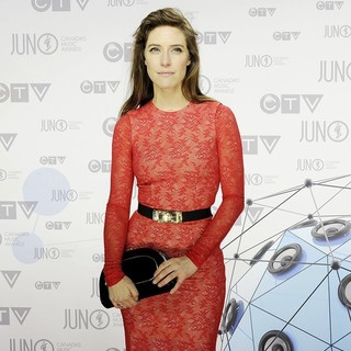 Feist in 2012 JUNO Awards - Arrivals - feist-2012-juno-awards-02