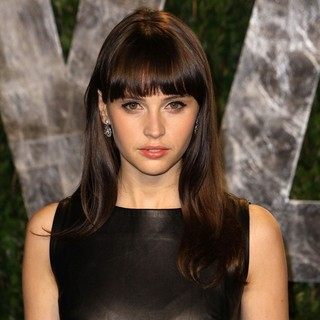 Felicity Jones in 2012 Vanity Fair Oscar Party - Arrivals