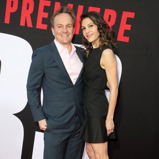 Chris Fenton, Jennifer Fenton in Premiere of Universal Pictures' Blockers
