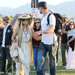 Stacy Ferguson, Josh Duhamel in Celebrities at The 2012 Coachella Valley Music and Arts Festival - Day 2