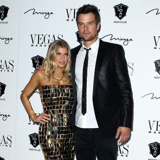 Stacy Ferguson, Josh Duhamel in The New Year's Eve Party - Arrivals