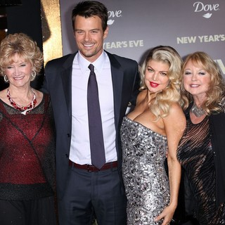 Bonnie L. Kemper, Josh Duhamel, Stacy Ferguson in Los Angeles Premiere of New Year's Eve