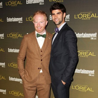Jesse Tyler Ferguson, Justin Mikita in 2012 Entertainment Weekly Pre-Emmy Party