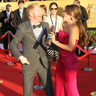 Jesse Tyler Ferguson, Sofia Vergara in The 18th Annual Screen Actors Guild Awards - Arrivals