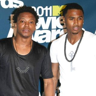 Trey Songz in 2011 MTV Movie Awards - Press Room - fiasco-songz-2011-mtv-movie-awards-press-room-01