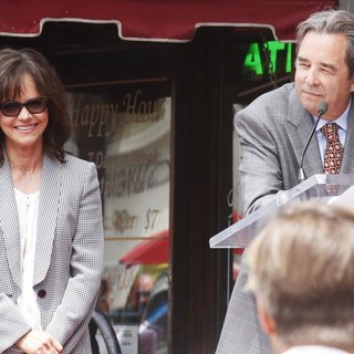 Sally Field, Beau Bridges in Sally Field Receives Hollywood Walk of Fame Star