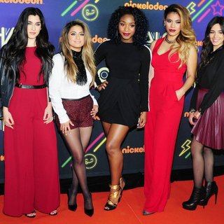 Fifth Harmony in 2014 Nickelodeon Halo Awards - Red Carpet Arrivals - fifth-harmony-2014-nickelodeon-halo-awards-02