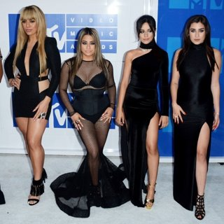 Fifth Harmony in 2016 MTV Video Music Awards - Red Carpet Arrivals