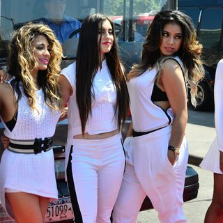 Fifth Harmony in Fifth Harmony Take A Ride on A New York Sightseeing Bus