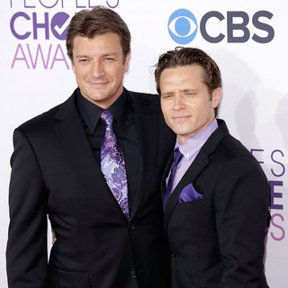 Nathan Fillion, Seamus Dever in People's Choice Awards 2013 - Red Carpet Arrivals