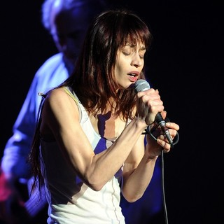 Fiona Apple - Fiona Apple Performs During Her Every Single Night Tour