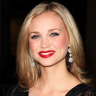 Fiona Gubelmann in Premiere of FX's American Horror Story
