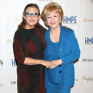Carrie Fisher, Debbie Reynolds in Debbie Reynolds - The Auction Finale VIP Reception