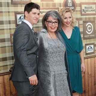 Michael Fishman, Roseanne Barr, Alicia Goranson in Comedy Central Roast of Roseanne Barr