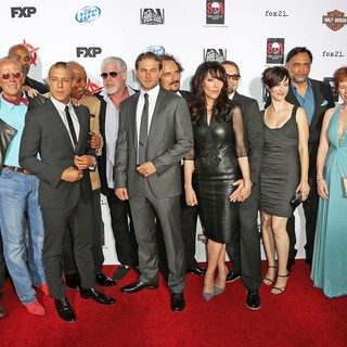 Tommy Flanagan, Mark Boone Junior, Peter Weller, LaMonica Garrett, Theo Rossi, Paris Barclay, Ron Perlman, Charlie Hunnam, Kim Coates, Katey Sagal, Kurt Sutter, Maggie Siff, Jimmy Smits, McNally Sagal, Michael Ornstein in Premiere of FX's Sons of Anarchy Season Six - Arrivals