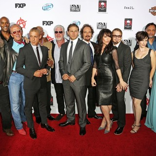 Tommy Flanagan, Mark Boone Junior, LaMonica Garrett, Peter Weller, Theo Rossi, Ron Perlman, Charlie Hunnam, Kim Coates, Katey Sagal, Kurt Sutter, Maggie Siff, Jimmy Smits, McNally Sagal, Michael Ornstein in Premiere of FX's Sons of Anarchy Season Six - Arrivals