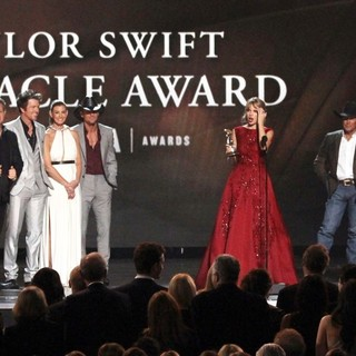 Rascal Flatts, Faith Hill, Tim McGraw, Taylor Swift, George Strait, Keith Urban, Brad Paisley in 47th Annual CMA Awards - Show