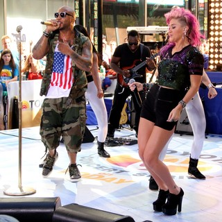 Flo Rida, StayC Jenedo in Flo Rida and StayC Jenedo Perform at The Toyota Concert Series on The Today Show