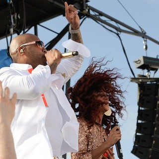 Flo Rida, Natalie La Rose in Flo Rida and Natalie La Rose Perform Live on NBC's Today