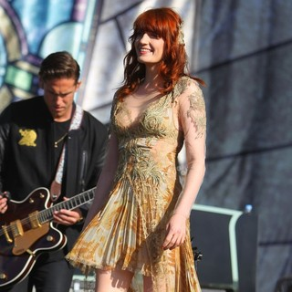 Robert Ackroyd, Florence Welch, Florence and the Machine in BBC Radio 1's Hackney Weekend - Day 2