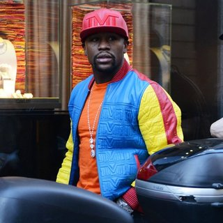 Floyd Mayweather, Jr. Shopping