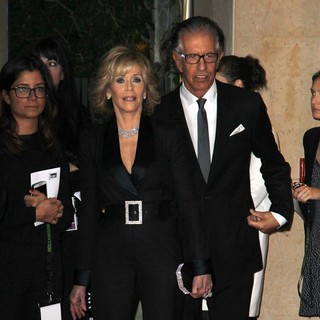Jane Fonda, Richard Perry in The 17th Annual Hollywood Film Awards