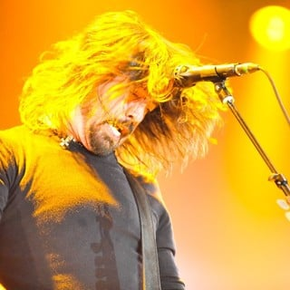 Dave Grohl, Foo Fighters in Foo Fighters Perform During BBC Radio 1's Big Weekend 2011 - Performance