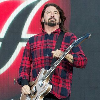 Dave Grohl, Foo Fighters in Foo Fighters Performing in Gothenburg