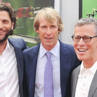 Andrew Form, Michael Bay, Bradley Fuller in Los Angeles Premiere of Teenage Mutant Ninja Turtles - Arrivals