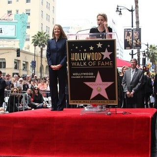 Jodie Foster - Jodie Foster Honored with Star on The Hollywood Walk of Fame