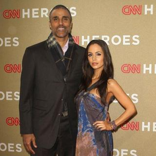 Rick Fox in 2011 CNN Heroes: An All-Star Tribute - fox-dushku-2011-cnn-heroes-03
