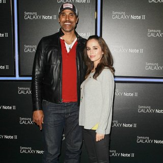 Rick Fox, Eliza Dushku in Samsung Mobile Launch Party for The New Samsung Galaxy Note II - Arrivals
