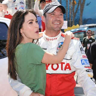 Megan Fox, Brian Austin Green in The 2011 Toyota Grand Prix Pro Celebrity Race