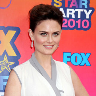 Emily Deschanel in Fox All-Star Party