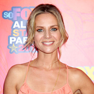 Jessalyn Gilsig in Fox All-Star Party