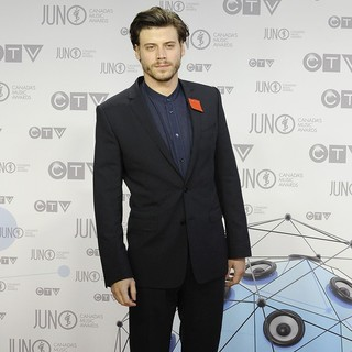 Francois Arnaud in 2012 JUNO Awards - Arrivals - francois-arnaud-2012-juno-awards-02